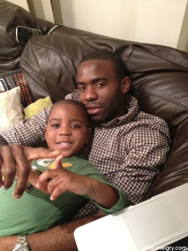 Фабрис Муамба с сыном