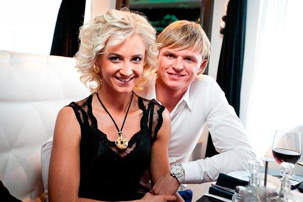 Дмитрий Тарасов и Ольга Бузова
