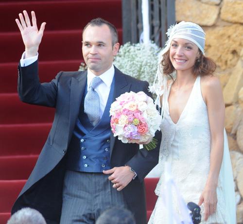Андрес Иньеста женился на своей давней подруге Анне Ортис