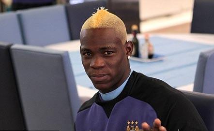 Марио Балотелли блондин