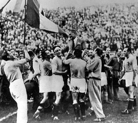 Футбольная ассоциация Уругвая уходит в отставку