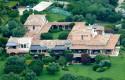Виллу Берлускони на Сардинии могут продать за 450 миллионов евро